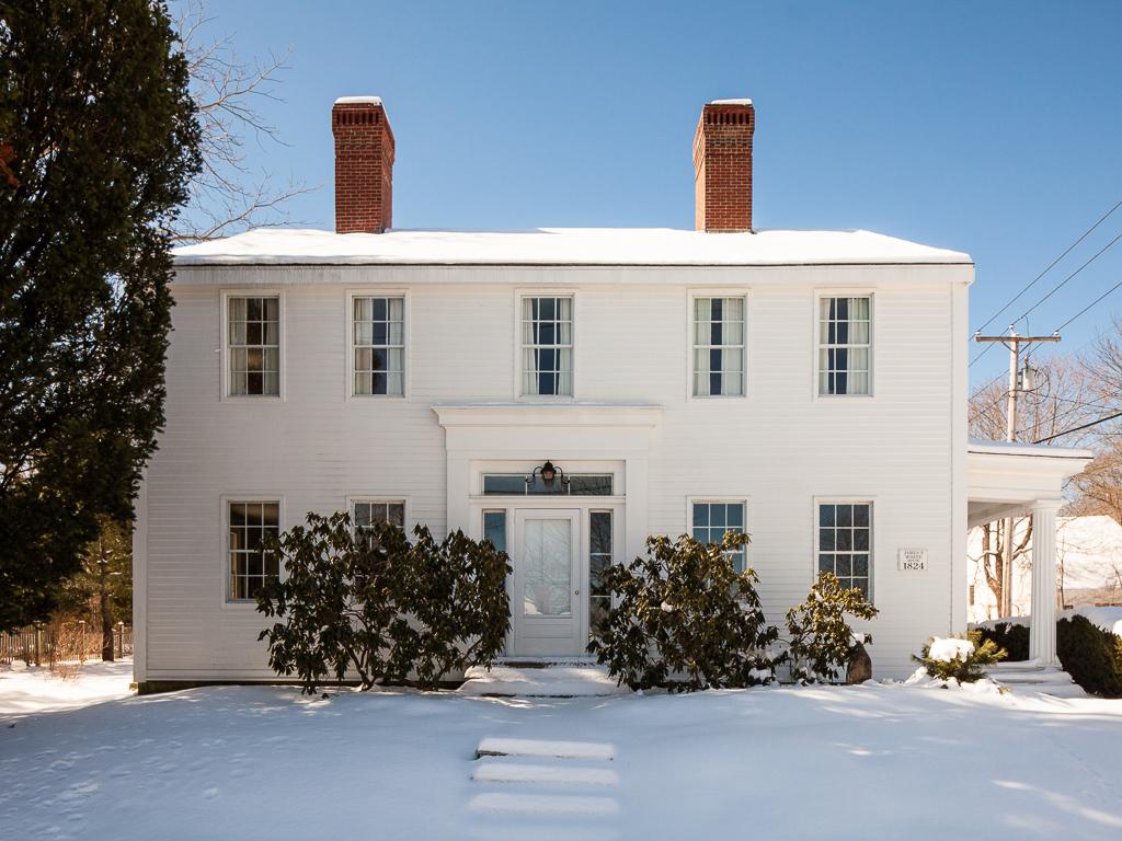 Tek Ailelik Ev için Satış at 74 Church Street Belfast, Maine, 04915 Amerika Birleşik Devletleri