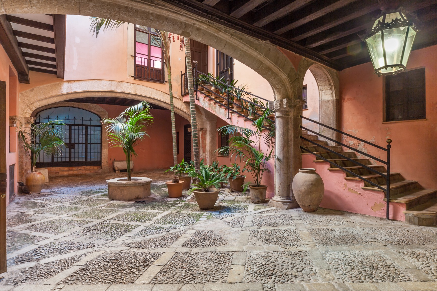 Single Family Home for Sale at Magnificent Apartment in a Manor House in Palma Palma Center, Mallorca, 07001 Spain