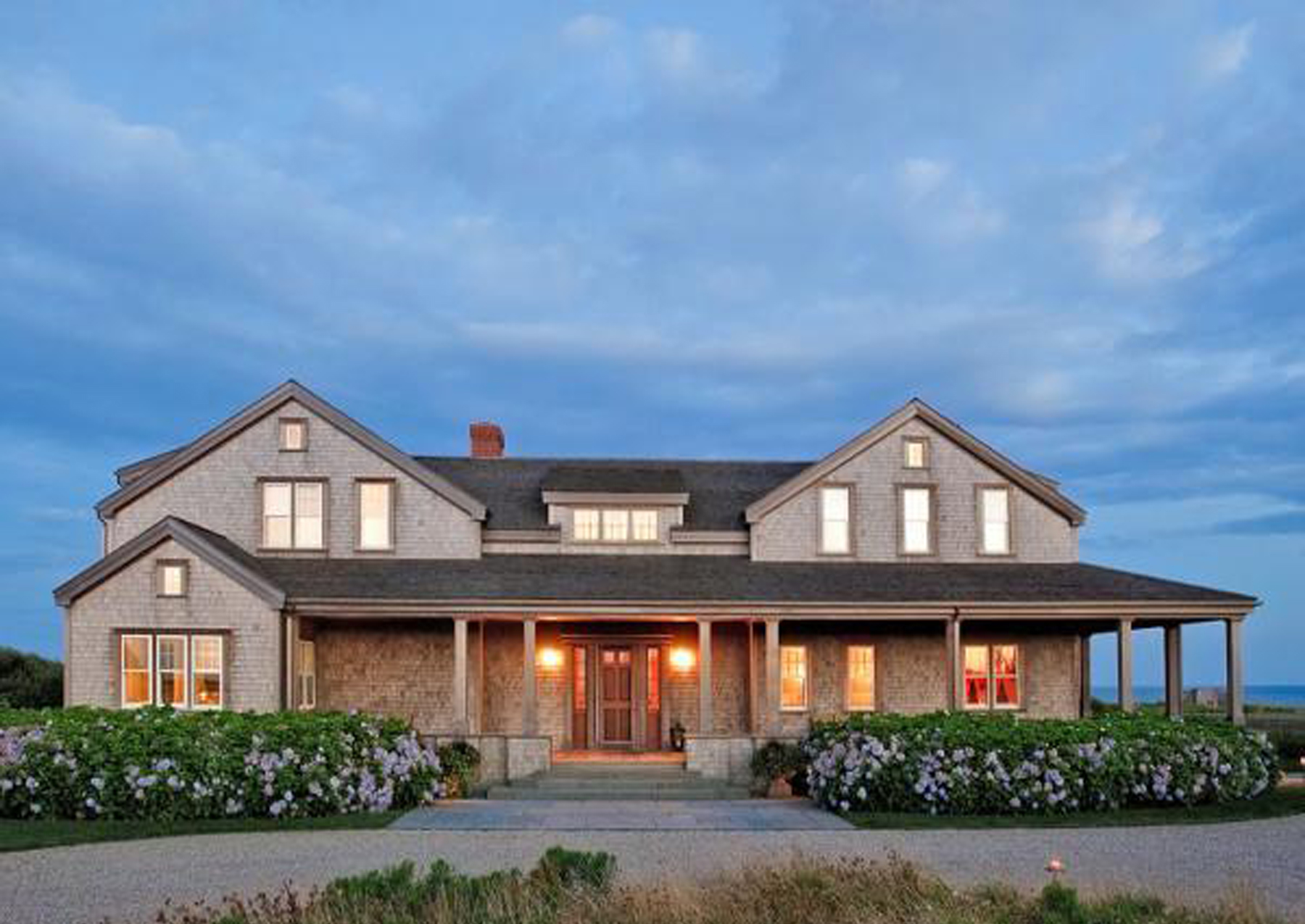 Villa per Vendita alle ore South Shore Oceanfront! 51 Wanoma Way Nantucket, Massachusetts 02554 Stati Uniti
