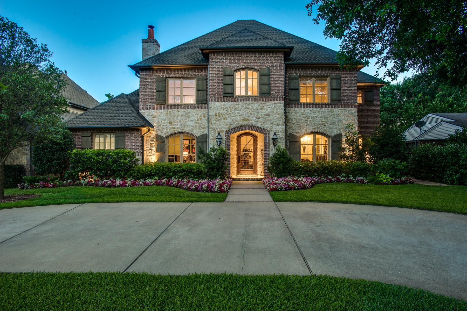 Single Family Home for Sale at Preston Hollow Traditional 6822 Chevy Chase Avenue Dallas, Texas, 75225 United States