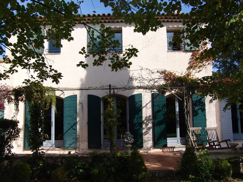 独户住宅 为 销售 在 Ravissante Maison Familiale Other Provence-Alpes-Cote D'Azur, 普罗旺斯阿尔卑斯蓝色海岸 法国
