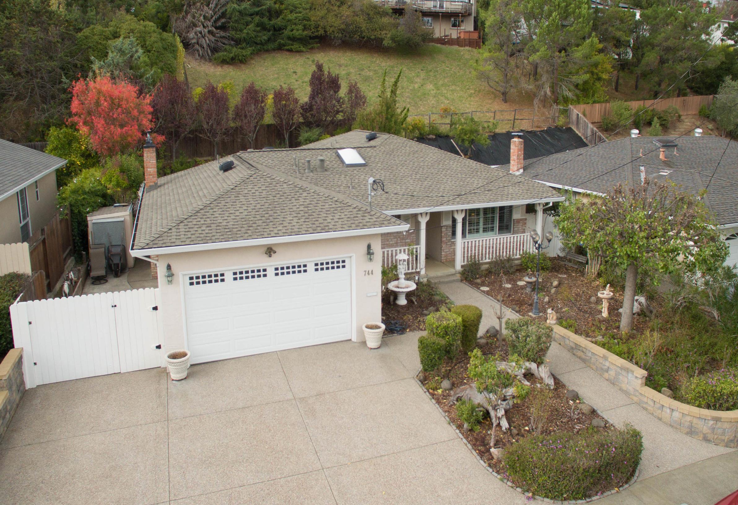 Single Family Home for Sale at Ideal Terra Linda Location 744 Tamarack Drive San Rafael, California, 94903 United States