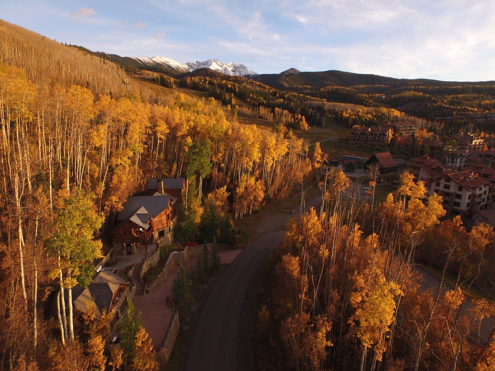 Vivienda unifamiliar por un Venta en 692 Mountain Village Blvd. Telluride, Colorado 81435 Estados Unidos