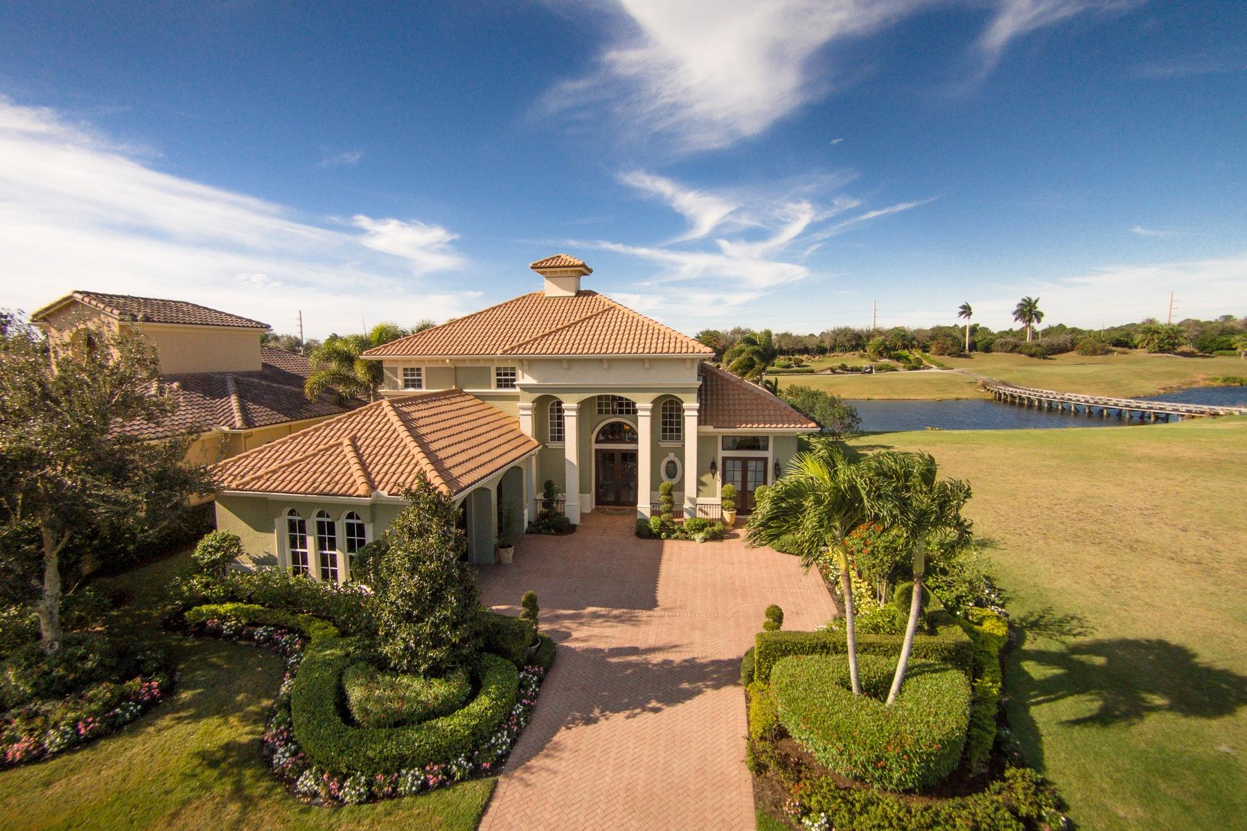 Nhà ở một gia đình vì Bán tại 220 SE Bella Strano Port St. Lucie, Florida, 34984 Hoa Kỳ