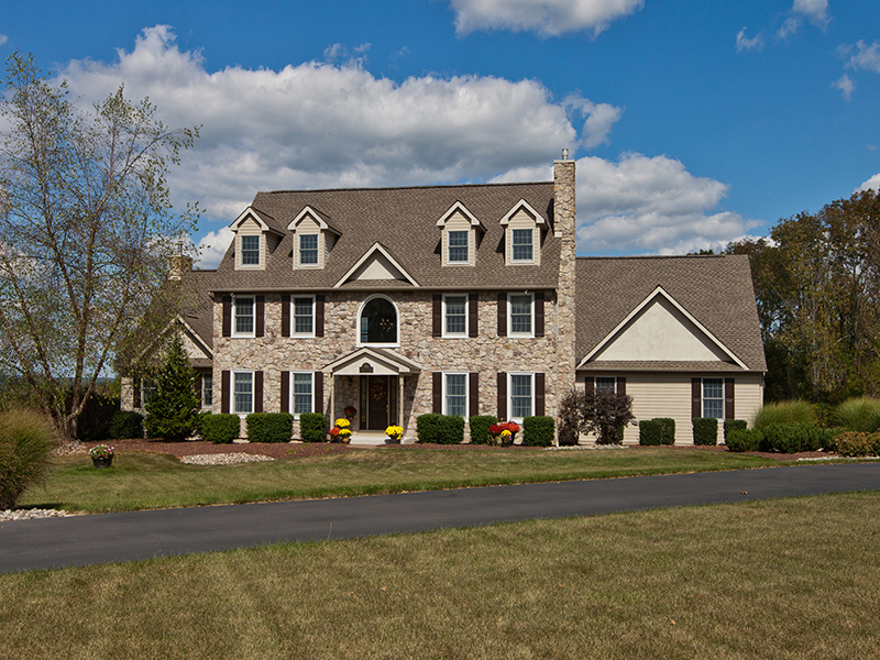 Single Family Home for Sale at Bedminster, PA 705 Spruce Hill Rd Ottsville, Pennsylvania 18942 United States
