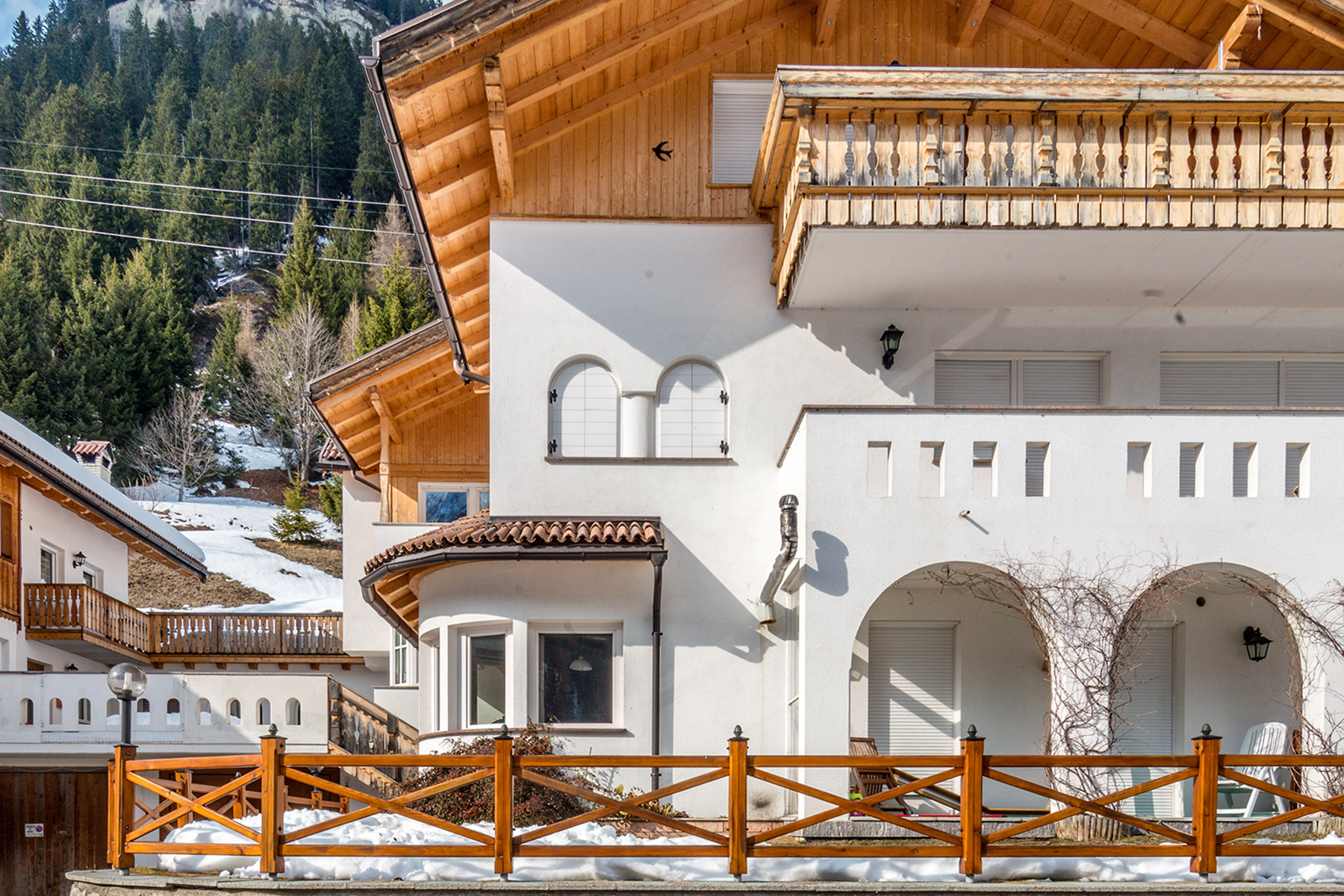 Additional photo for property listing at New construction Villa by famous architect Hermann Kostner Via Alfauro Arabba, Belluno 32020 Italia
