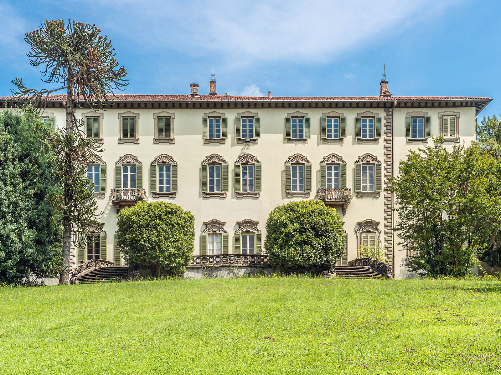 Single Family Home for Sale at Aristocratic villa with timeless allure Carate Brianza Carate Brianza, Monza Brianza 20841 Italy