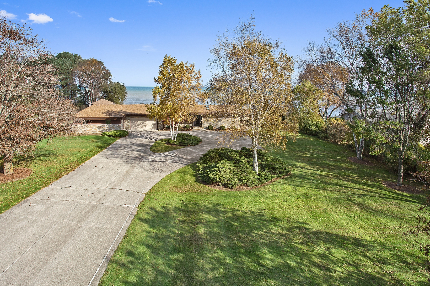 Single Family Home for Sale at Lake Michigan Sand Beach 1411 Lakeshore Drive Cleveland, Wisconsin 53015 United States