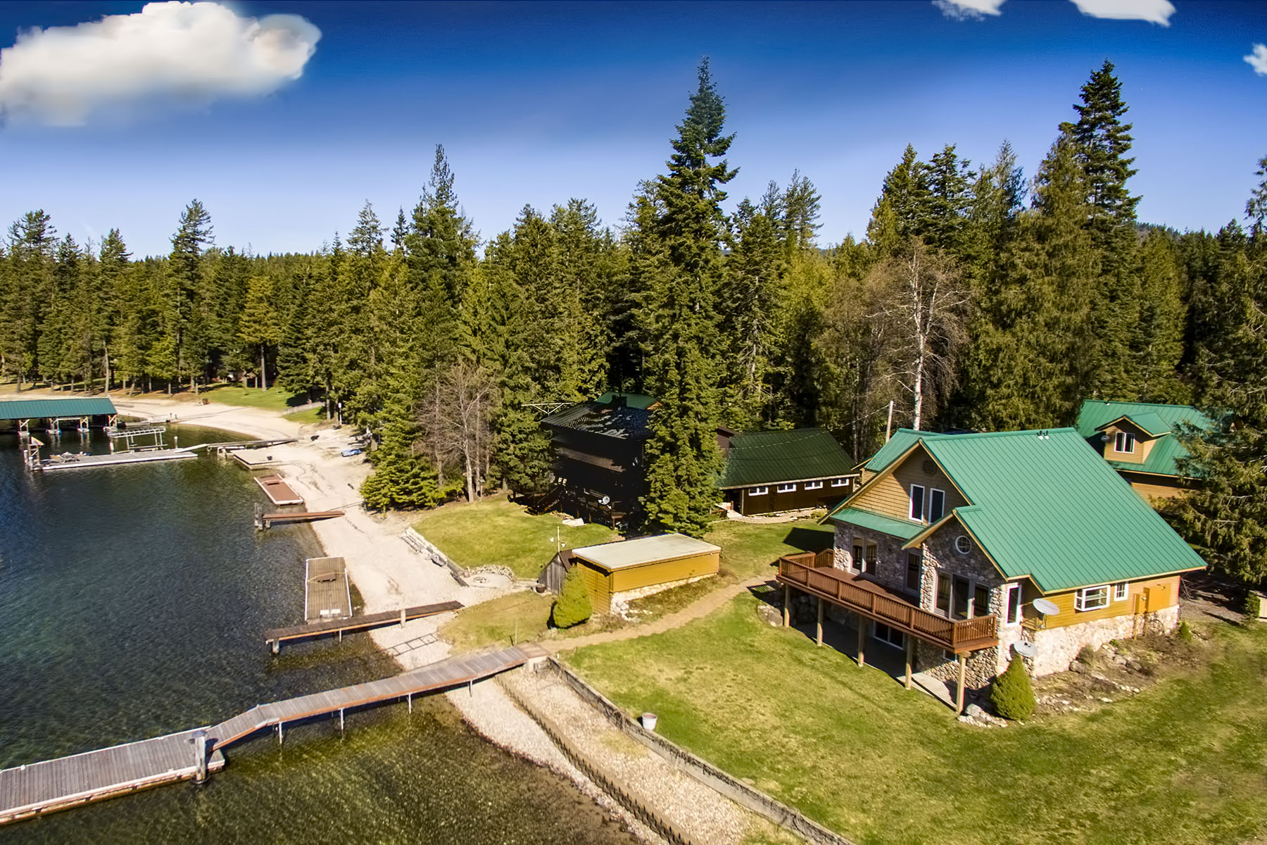 Casa Unifamiliar por un Venta en 5 Ac Reeder Bay Lot in Nordman, ID 16 Sunrise Lane Nordman, Idaho, 83848 Estados Unidos