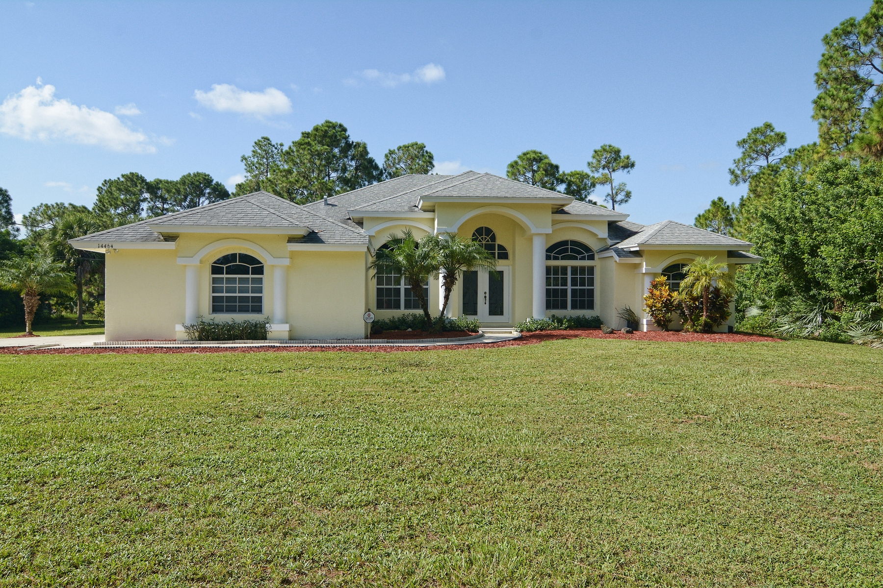 Single Family Home for Sale at 14464 67th St. N Loxahatchee, Florida, 33470 United States