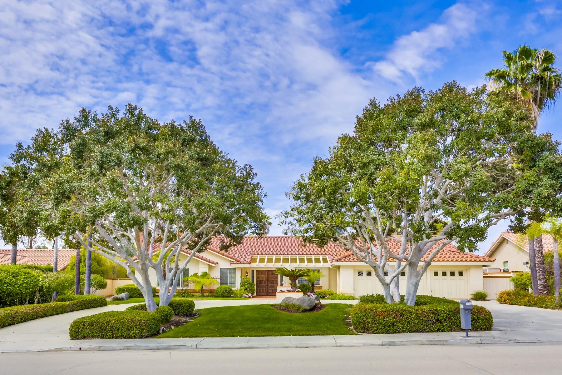 Einfamilienhaus für Verkauf beim 1573 Hamilton Lane Escondido, Kalifornien 92029 Vereinigte Staaten