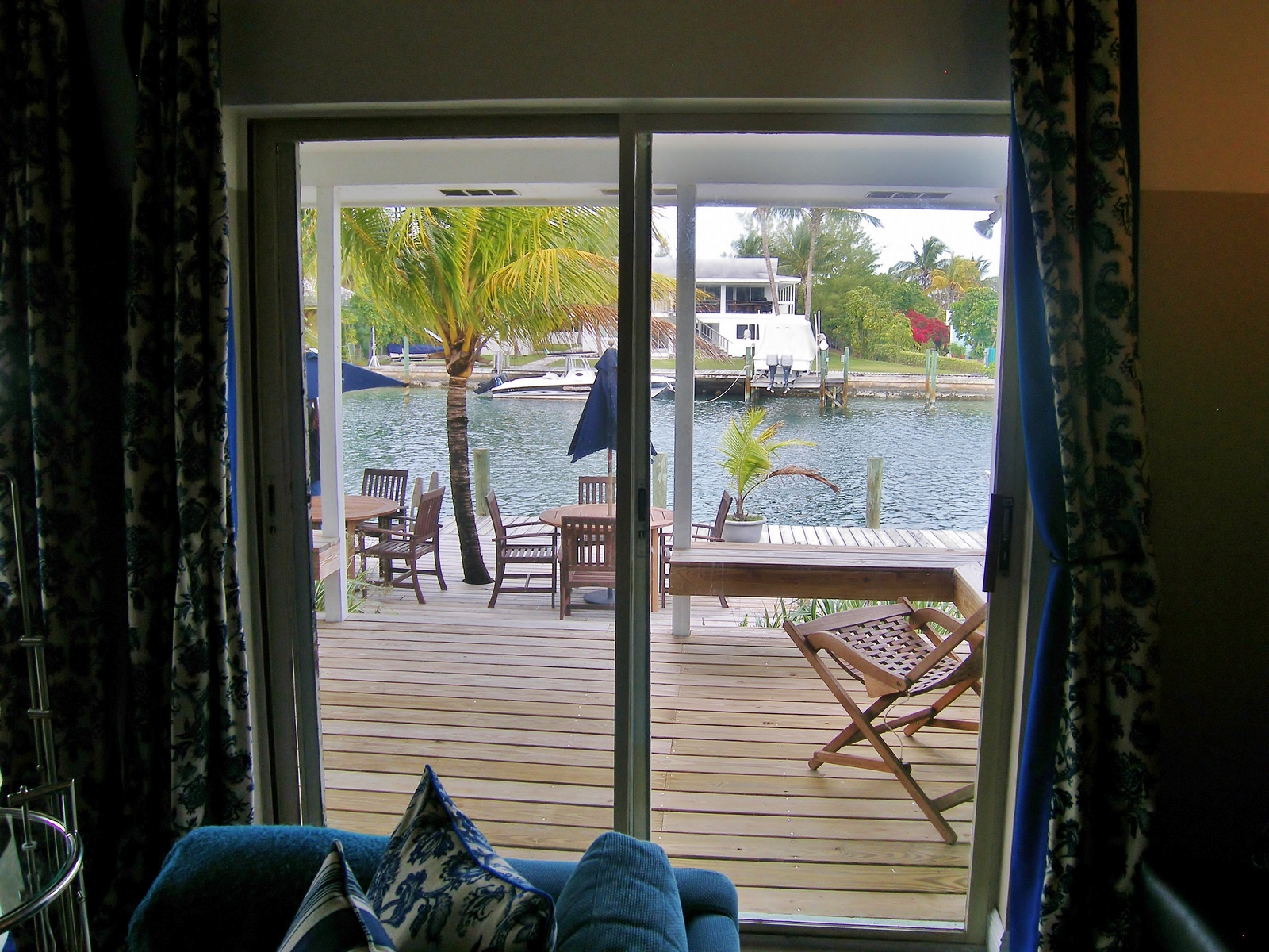 Additional photo for property listing at Blue Fin House Brigantine Bay, Treasure Cay, Abaco Bahamas
