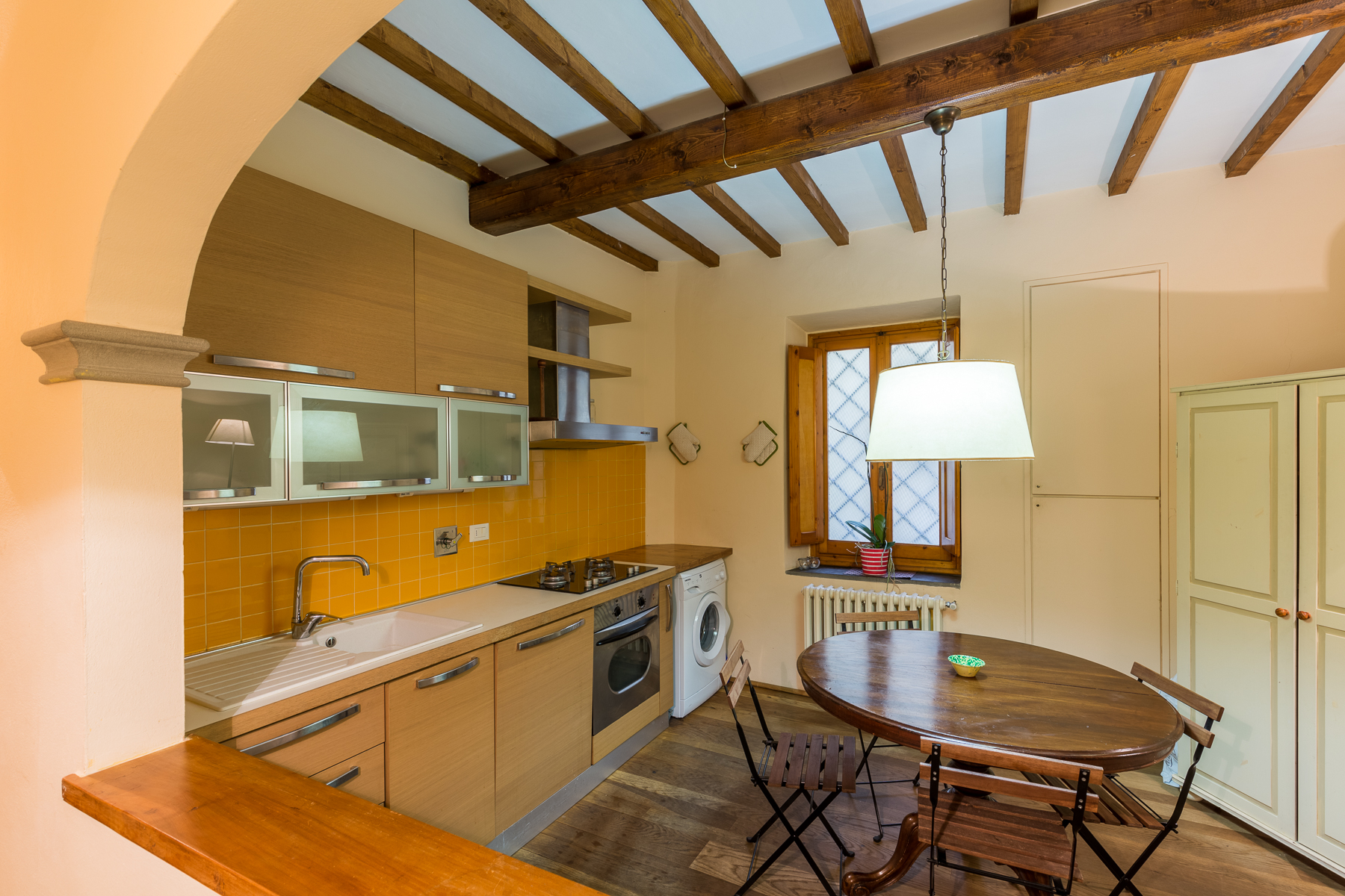 Additional photo for property listing at Splendid apartment with garden Via San Giovanni Firenze, Florence 50100 Italien