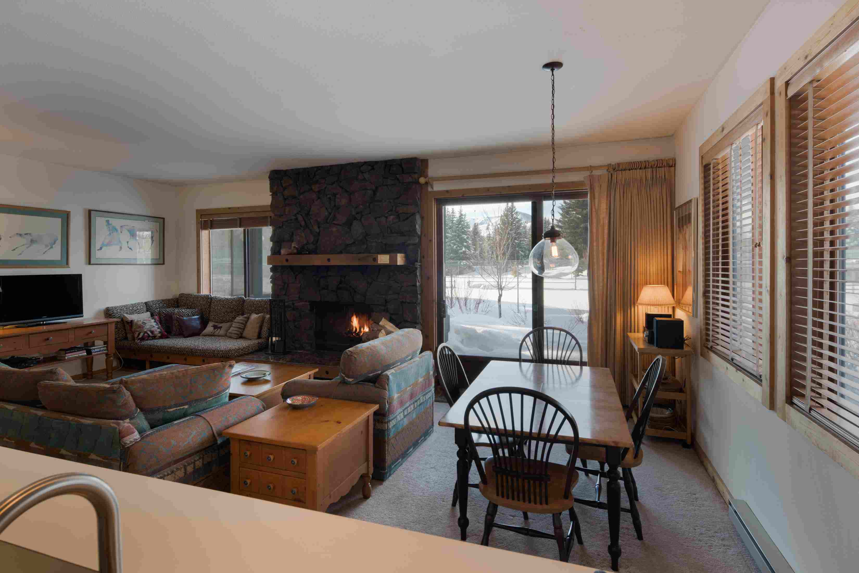 Additional photo for property listing at Turnkey Wildflower Condo 640 Wildflower Condo Drive Sun Valley, Idaho 83353 États-Unis