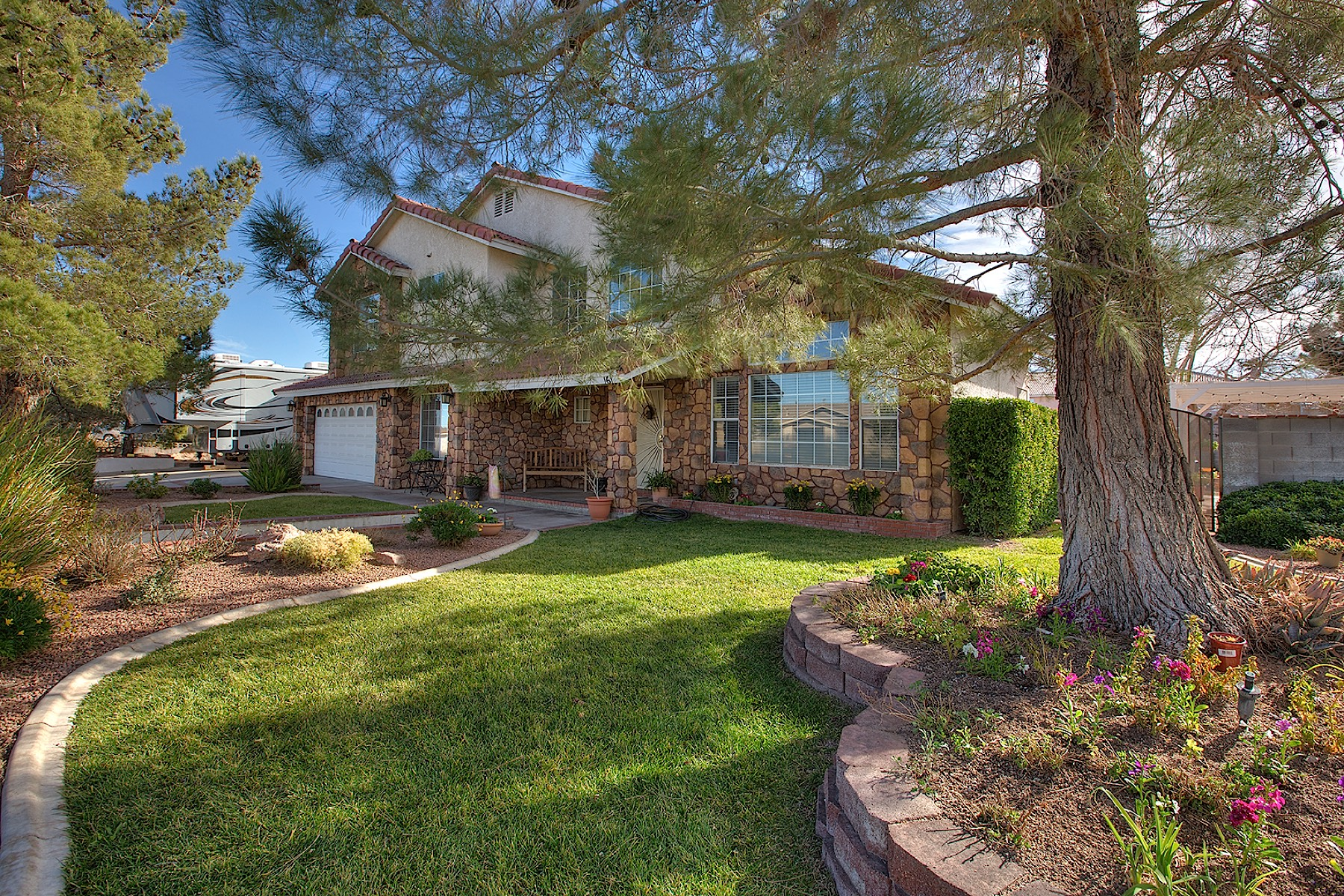 Moradia para Venda às Rochell Estate 161 W Rochell Henderson, Nevada 89015 Estados Unidos
