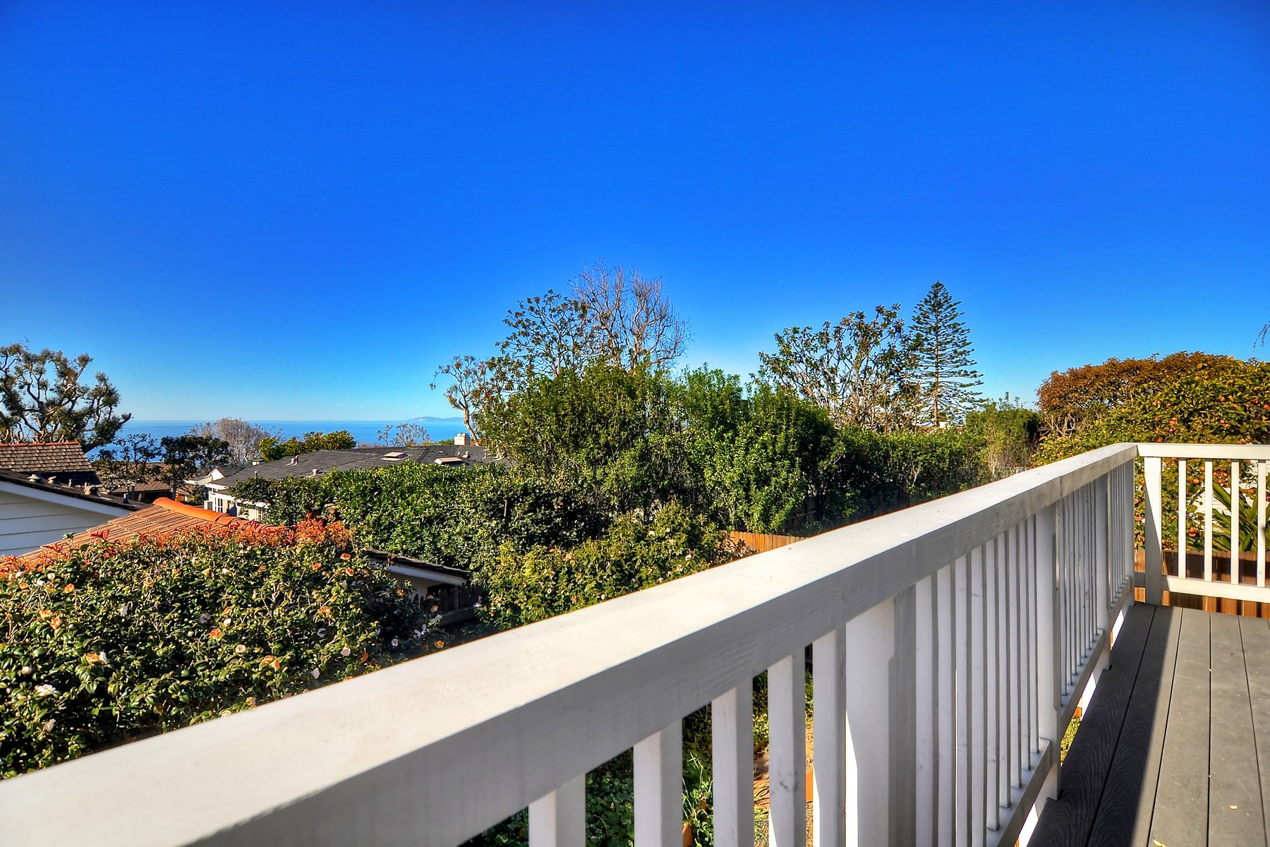 獨棟家庭住宅 為 出售 在 14 S. Encino Laguna Beach, 加利福尼亞州, 92651 美國