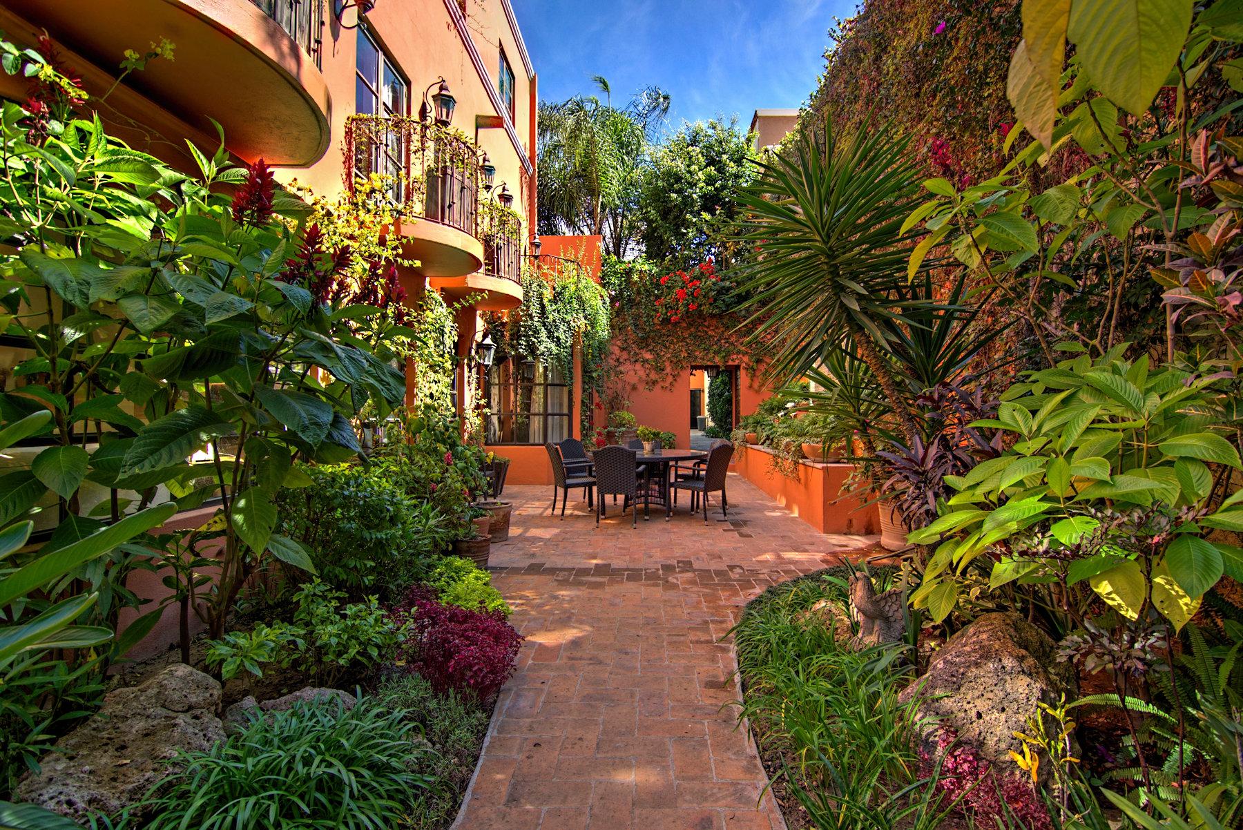sales property at Casa Gracia