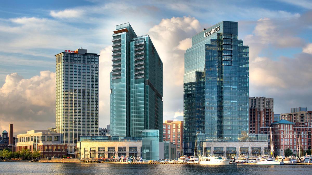 콘도미니엄 용 매매 에 Four Seasons Residences 200 International Drive #1901 Baltimore, 메릴랜드 21202 미국