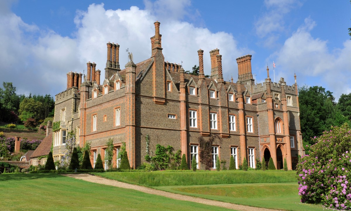 公寓 為 出售 在 Albury Albury Park Mansion New Road Other England, 英格蘭 GU59BB 英國