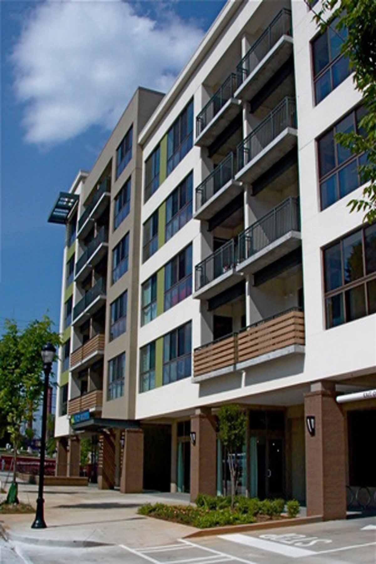 Condominium for Sale at CONDO IN HIP INTOWN ATLANTA LOCATION 563 Memorial Drive Unit 506 Atlanta, Georgia 30312 United States