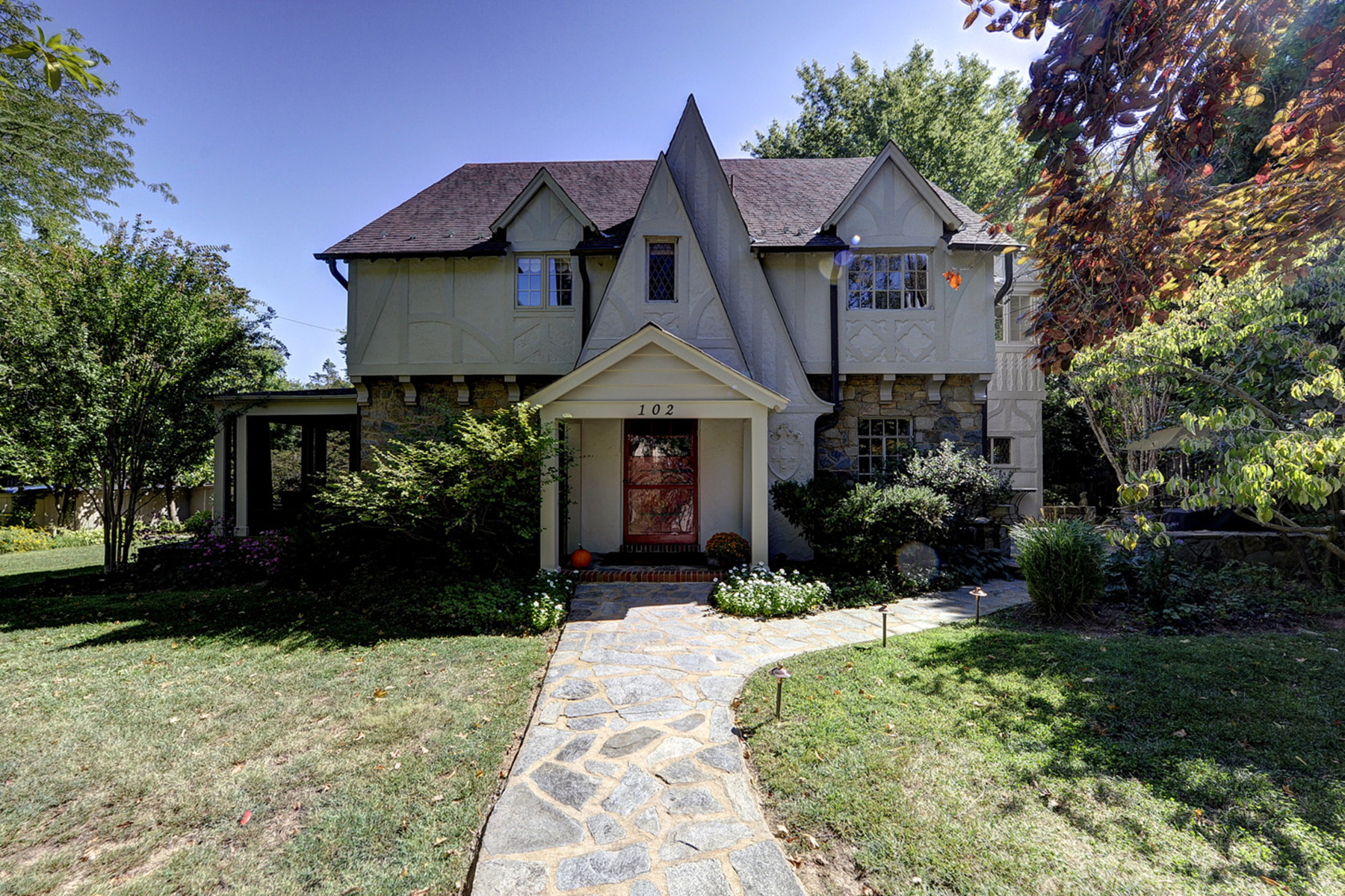 Single Family Home for Sale at 102 Oxford Street, Chevy Chase Chevy Chase, Maryland, 20815 United States