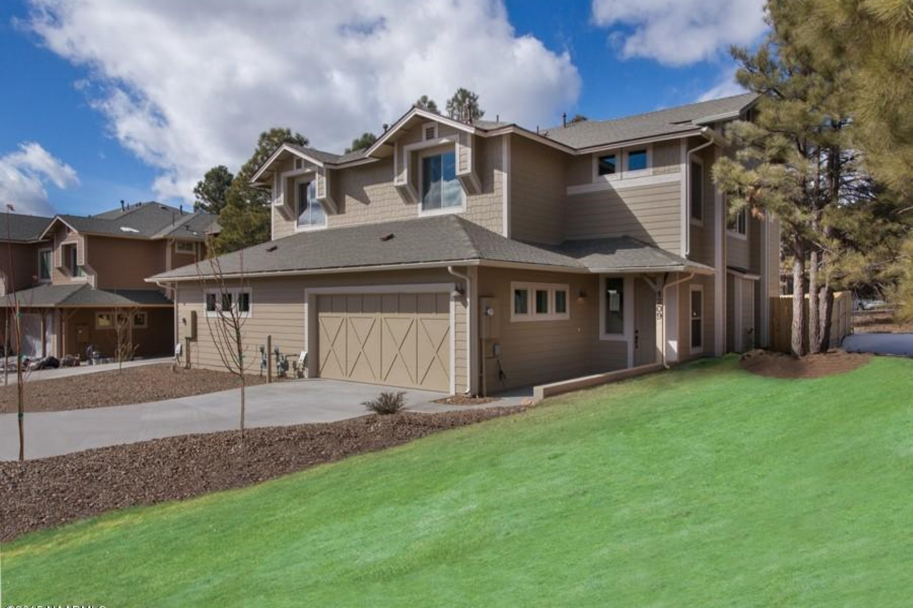 Single Family Home for Sale at Spectacular townhome by Miramonte Homes 3152 E Cold Springs TRL 51 Flagstaff, Arizona 86004 United States