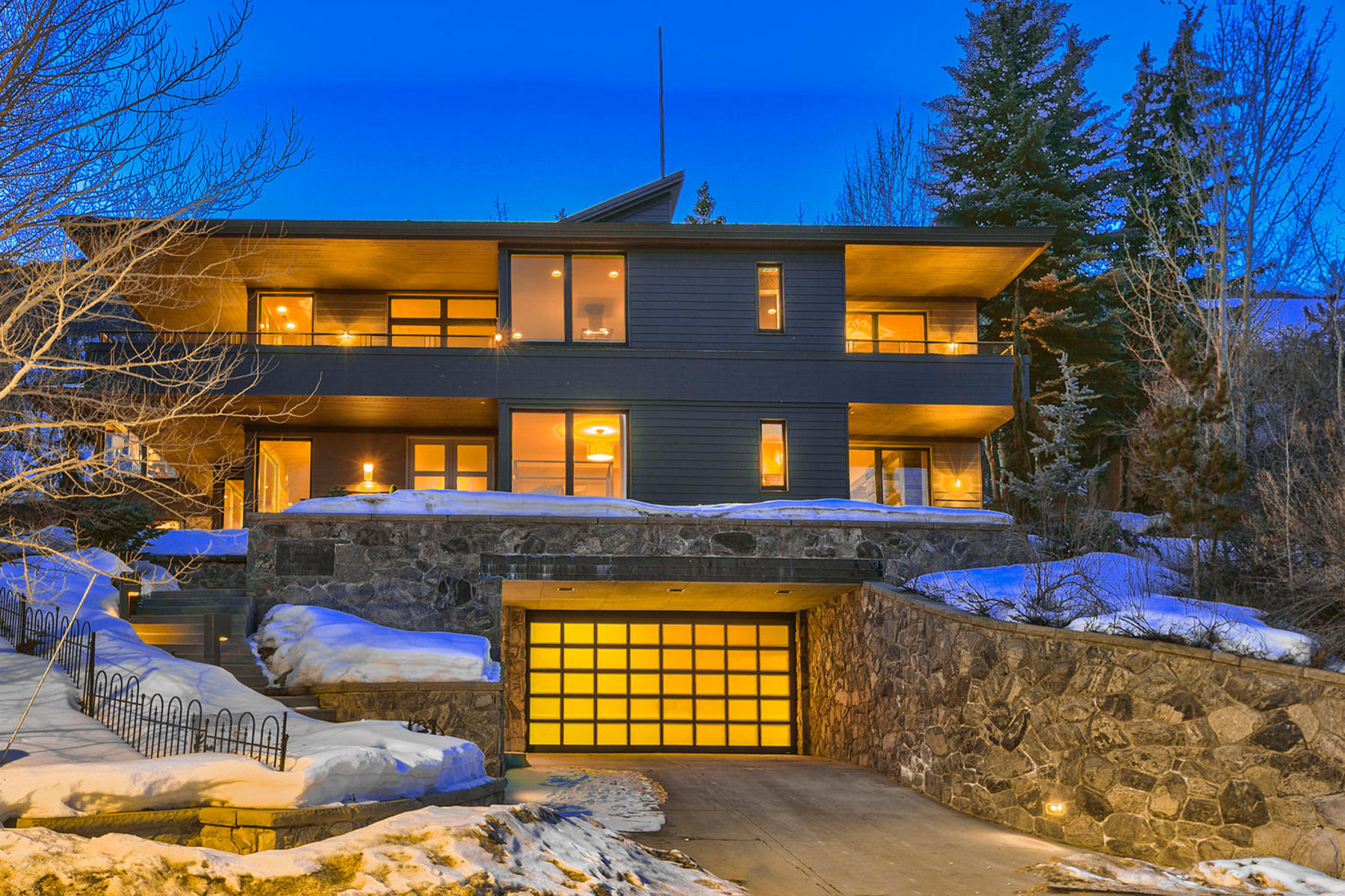 Casa Unifamiliar por un Venta en Beautifully Remodeled Home 2200 Morning Star Dr Park City, Utah 84060 Estados Unidos