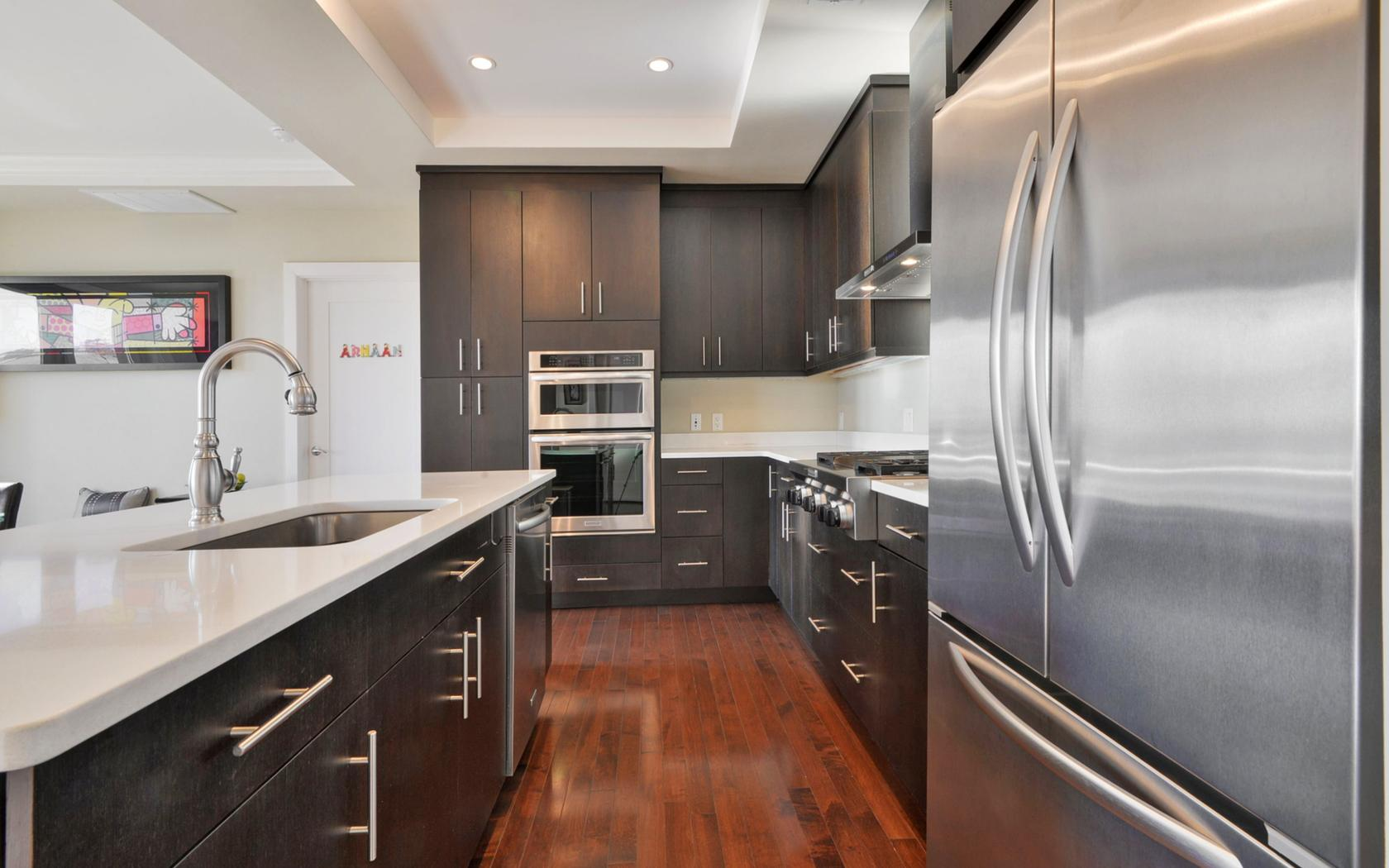 共管物業 為 出售 在 Contemporary Urban Community 250 Henley Place #209 Weehawken, 新澤西州, 07086 美國