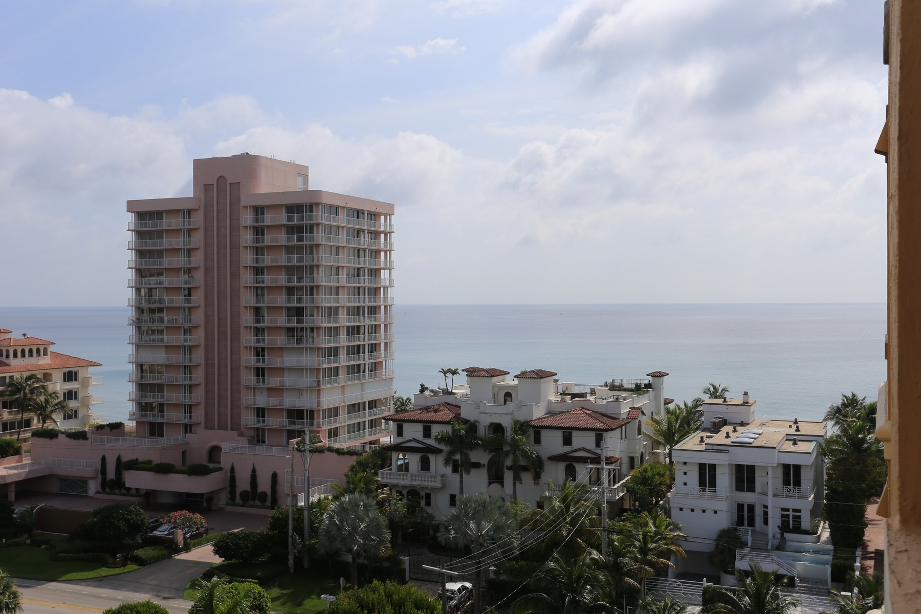 Condomínio para Venda às 3594 S Ocean Blvd , 1006, Highland Beach, FL 33487 3594 S Ocean Blvd 1006 Highland Beach, Florida 33487 Estados Unidos