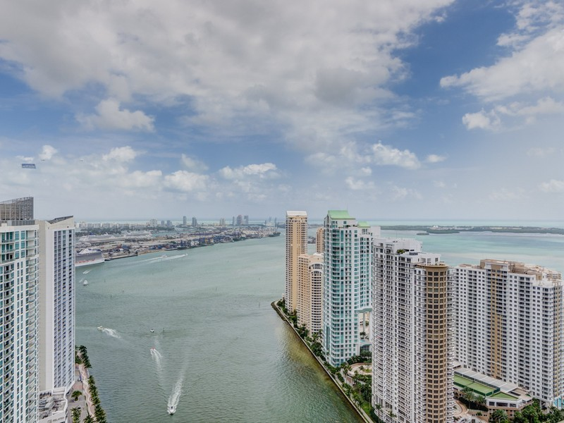 Property For Sale at 200 Biscayne Blvd. Way #4708