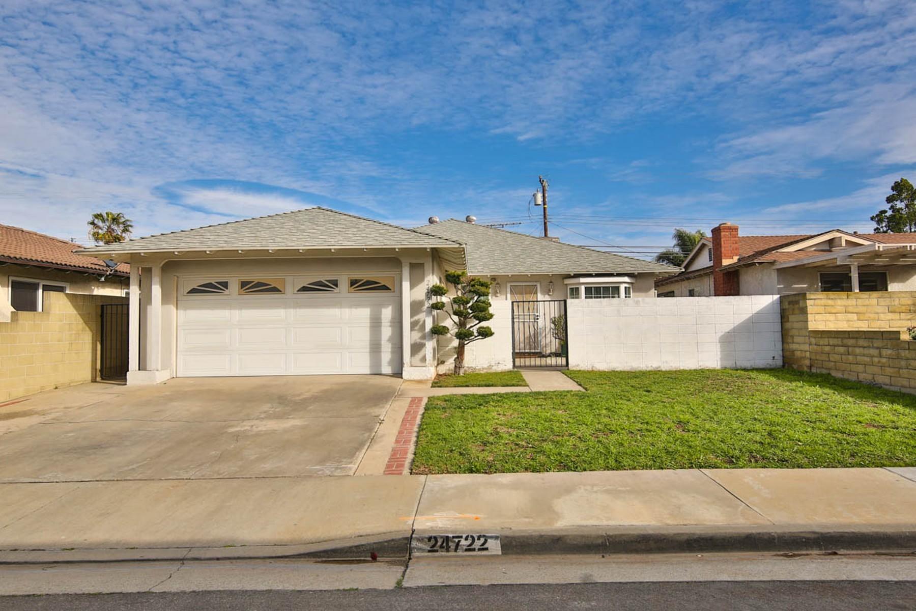 Casa Unifamiliar por un Venta en 24722 Panama Ave Carson, California 90745 Estados Unidos