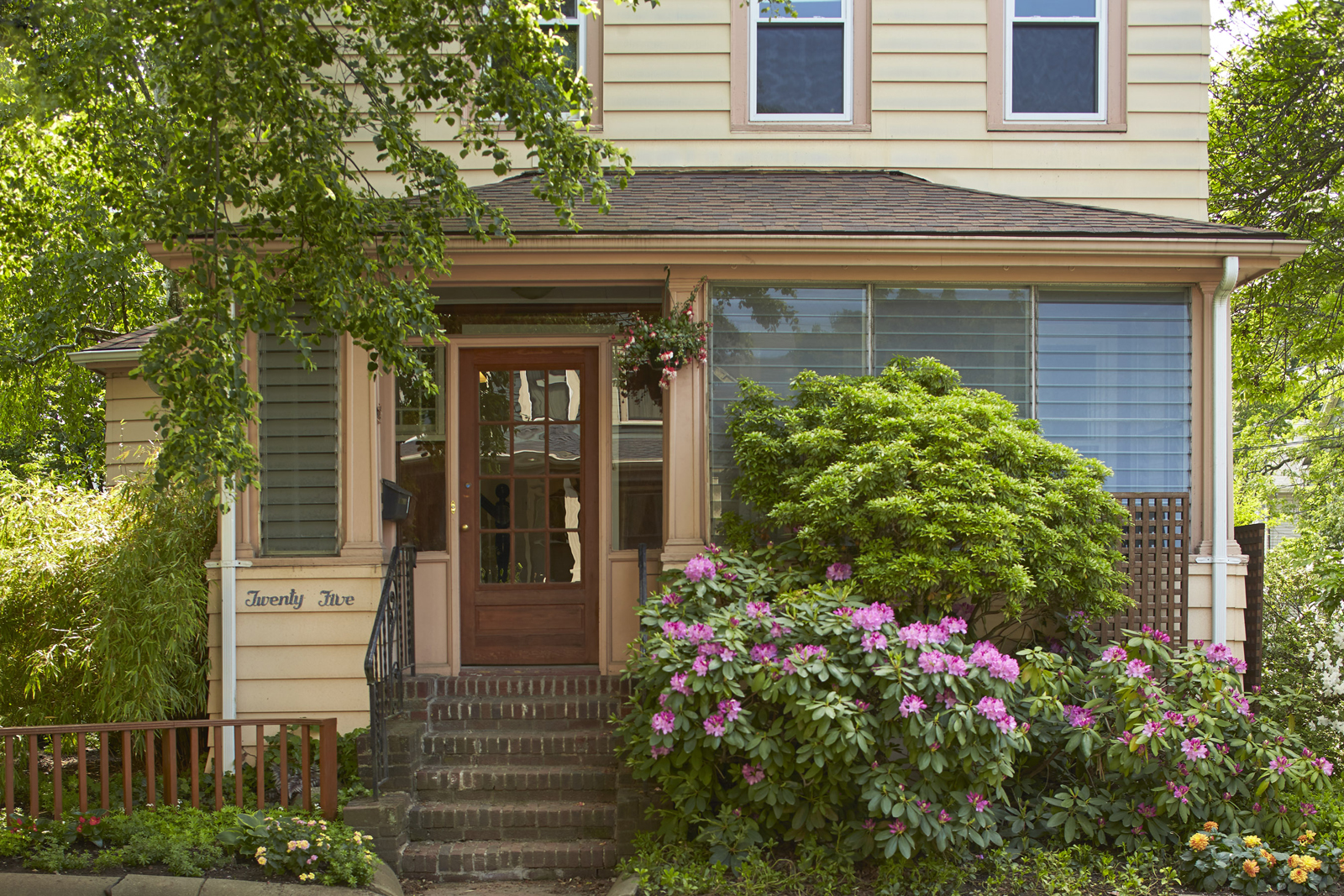 Single Family Home for Sale at 25 Sherman Street - Cambridge, MA West Cambridge, Cambridge, Massachusetts, 02138 United States