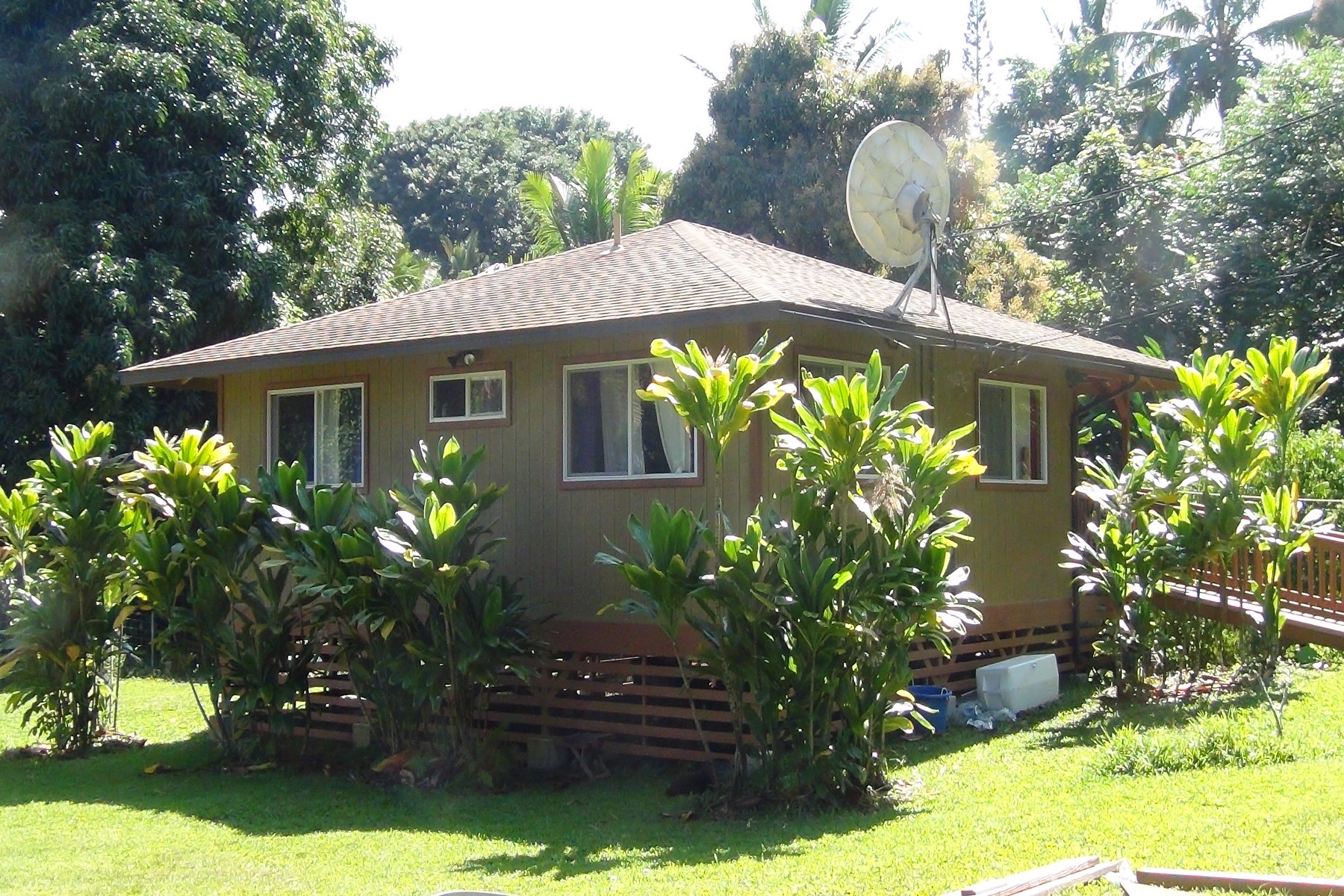 Property For Sale at Hana Cottage & Acreage