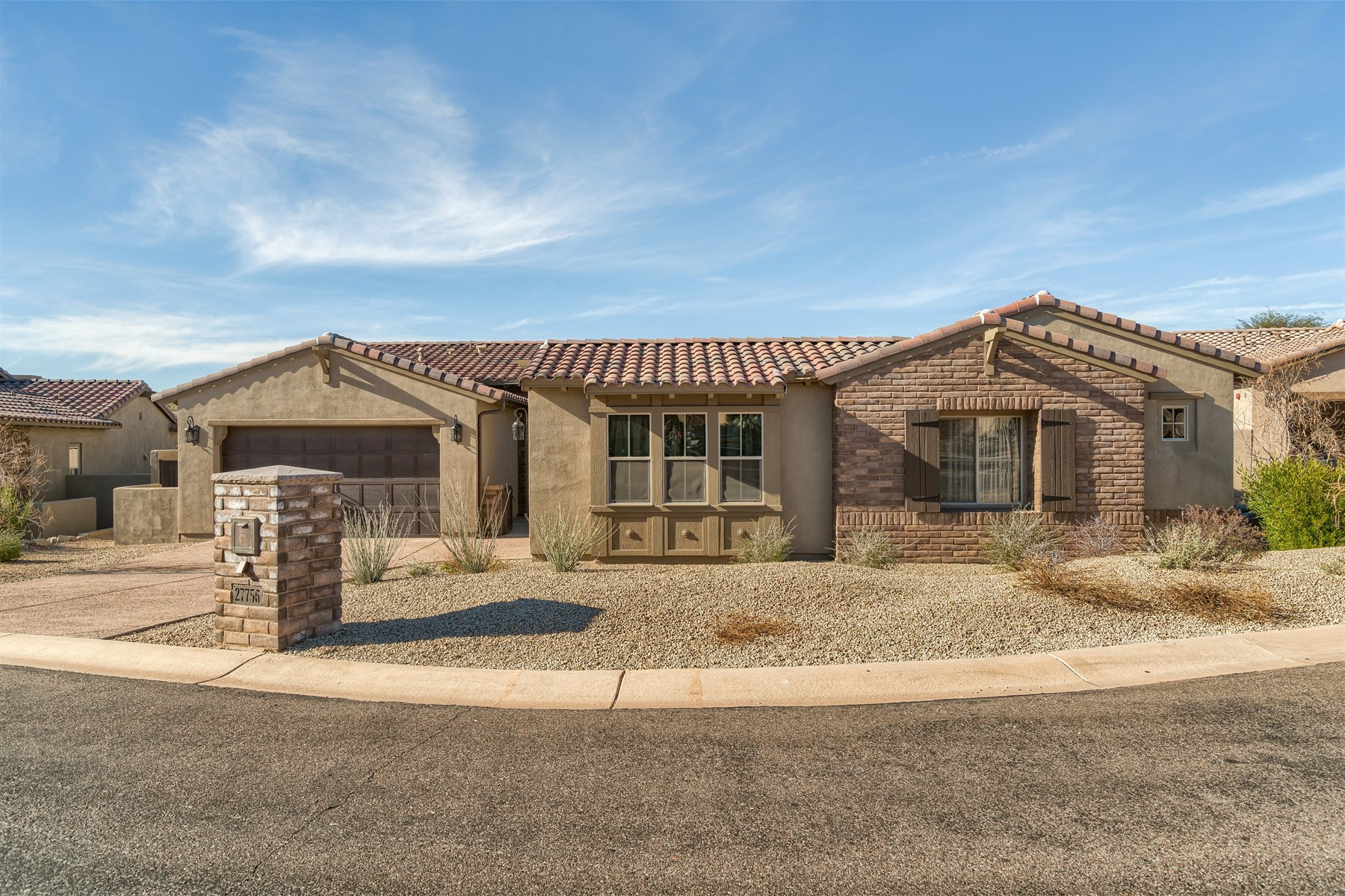 Maison unifamiliale pour l Vente à Brand new home in the gated community of Quisana at Troon North 27756 N 110th Pl Scottsdale, Arizona 85262 États-Unis
