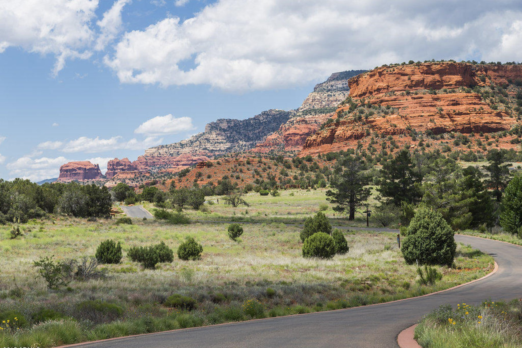 Land for Sale at Aerie 28- with lovely level lot with water and red rock views. 370 Aerie RD 28 Sedona, Arizona 86336 United States