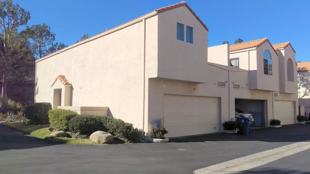 Townhouse for Sale at 22355 Heritage Pass Chatsworth, California 91311 United States