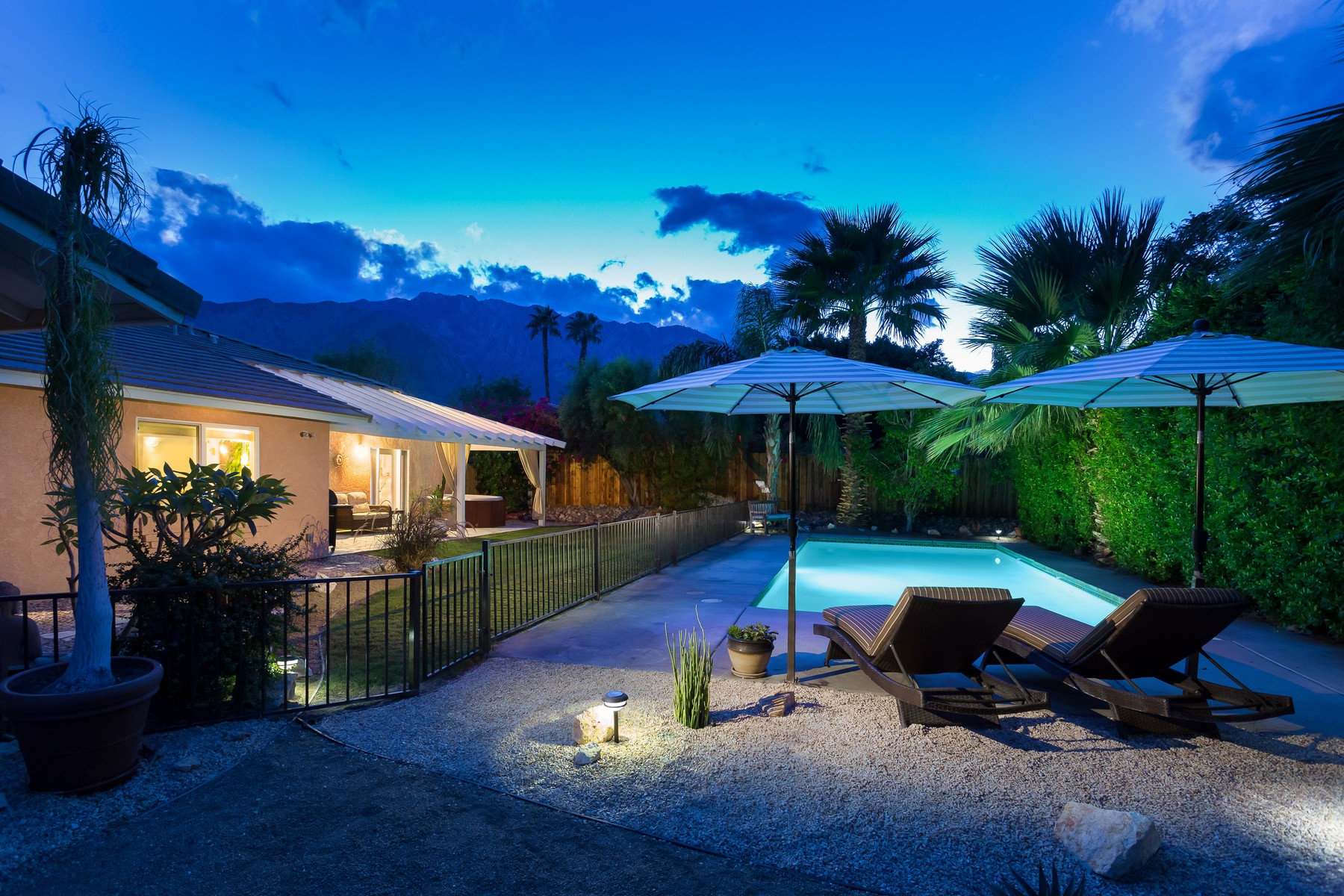 Single Family Home for Sale at 468 West Santa Catalina Road Palm Springs, California 92262 United States