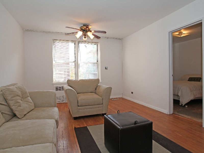 Co-op for Sale at Renov JR 1 BR w/Great Light 3512 Oxford Avenue 3G Riverdale, New York 10463 United States