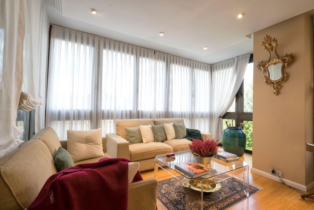 Wohnung für Verkauf beim Magnifico piso en Urbanización de lujo Madrid, Madrid Spanien