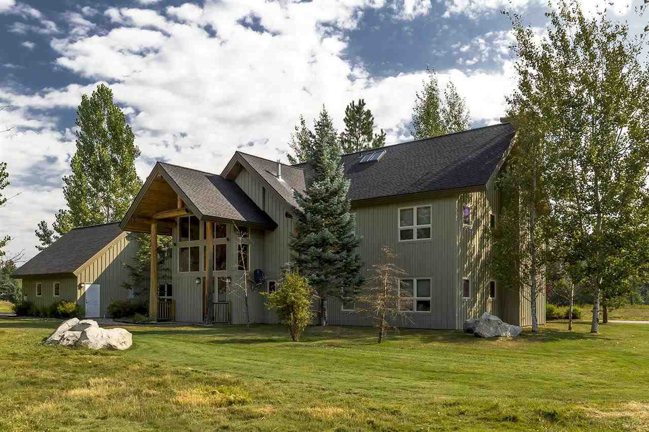 Single Family Home for Sale at A truly unique offering at the Idaho Club 20 Gracie Lane Sandpoint, Idaho, 83864 United States