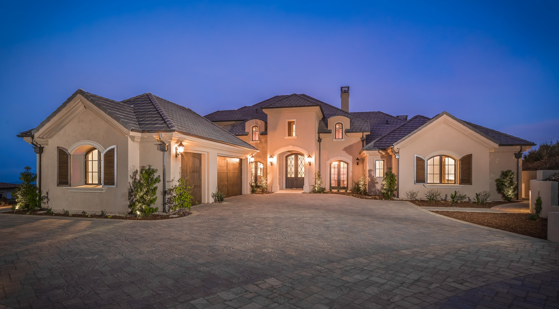 Single Family Home for Sale at 18346 Avenida Apice Rancho Santa Fe, California 92067 United States