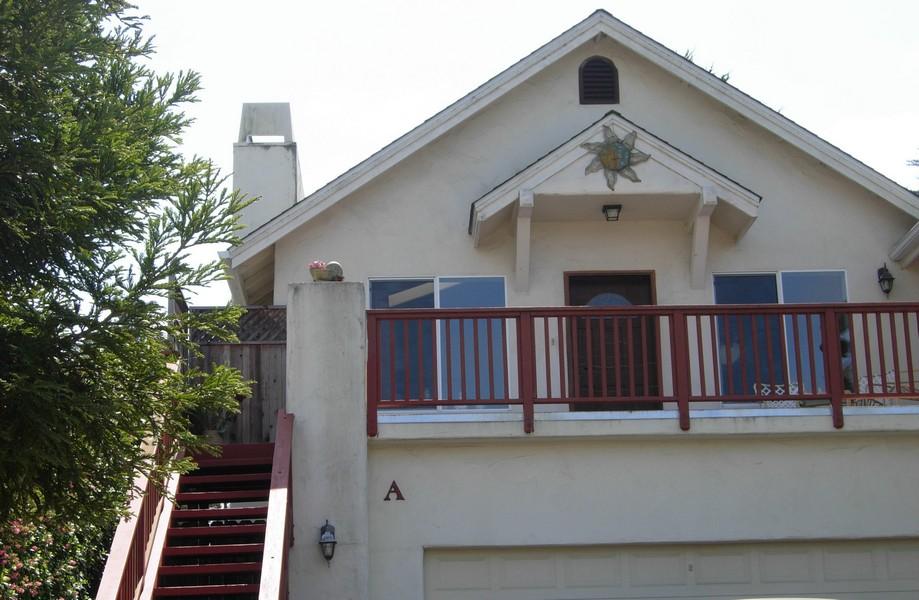 Condominio per Vendita alle ore Cambria Condo 3186 Wood Drive # A Cambria, California 93428 Stati Uniti