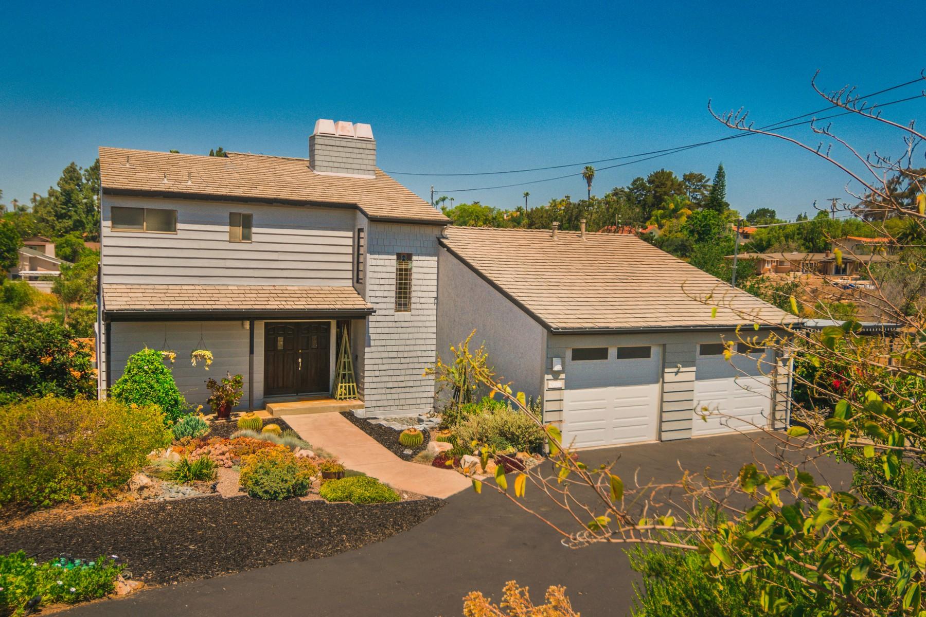 Casa Unifamiliar por un Venta en 925 Berkeley Way Vista, California 92084 Estados Unidos