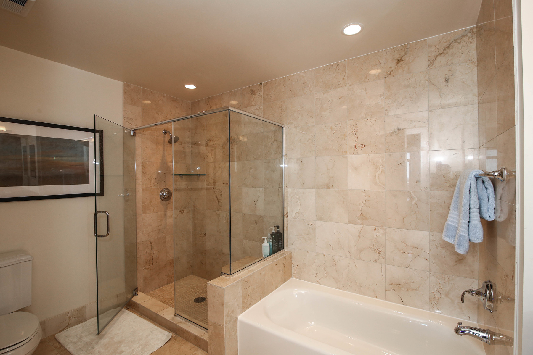 Additional photo for property listing at One Park Crest 8220 Crestwood Heights Dr 1415 McLean, 弗吉尼亞州 22102 美國