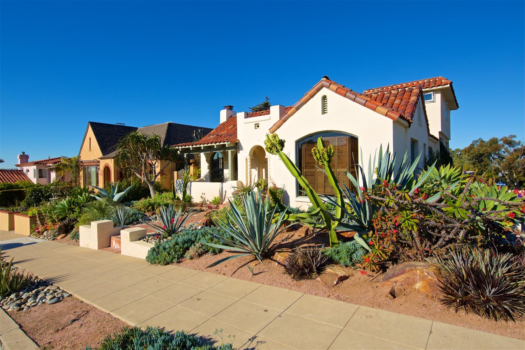 Moradia para Venda às 4246 Trias Street San Diego, Califórnia, 92103 Estados Unidos