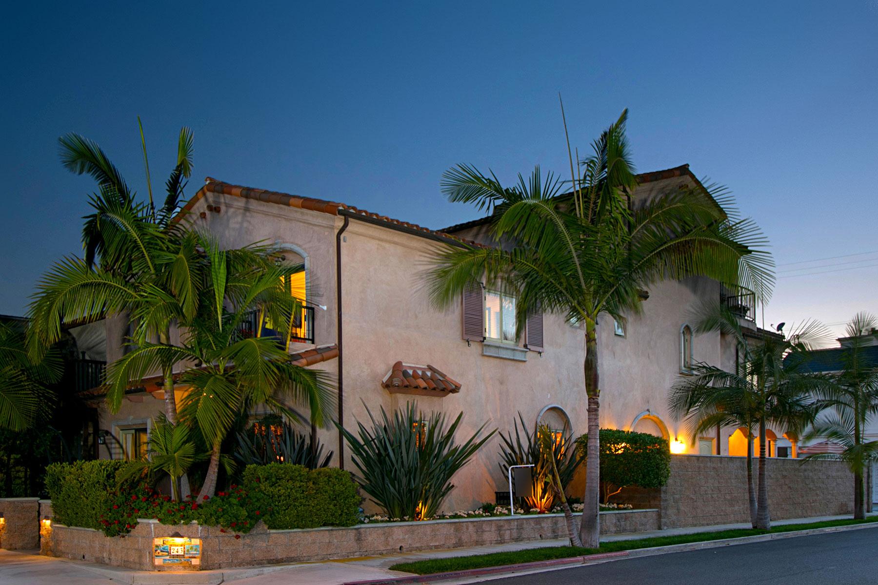 Casa para uma família para Venda às 243 15th Street Seal Beach, Califórnia, 90740 Estados Unidos