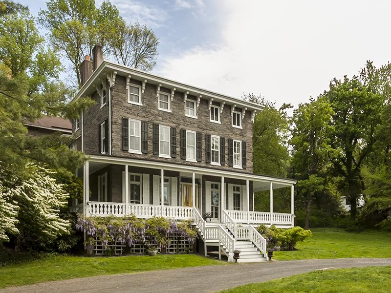 Частный односемейный дом для того Продажа на Chestnut Hill 208-10 Rex Avenue Chestnut Hill, Philadelphia, Пенсильвания 19118 Соединенные Штаты