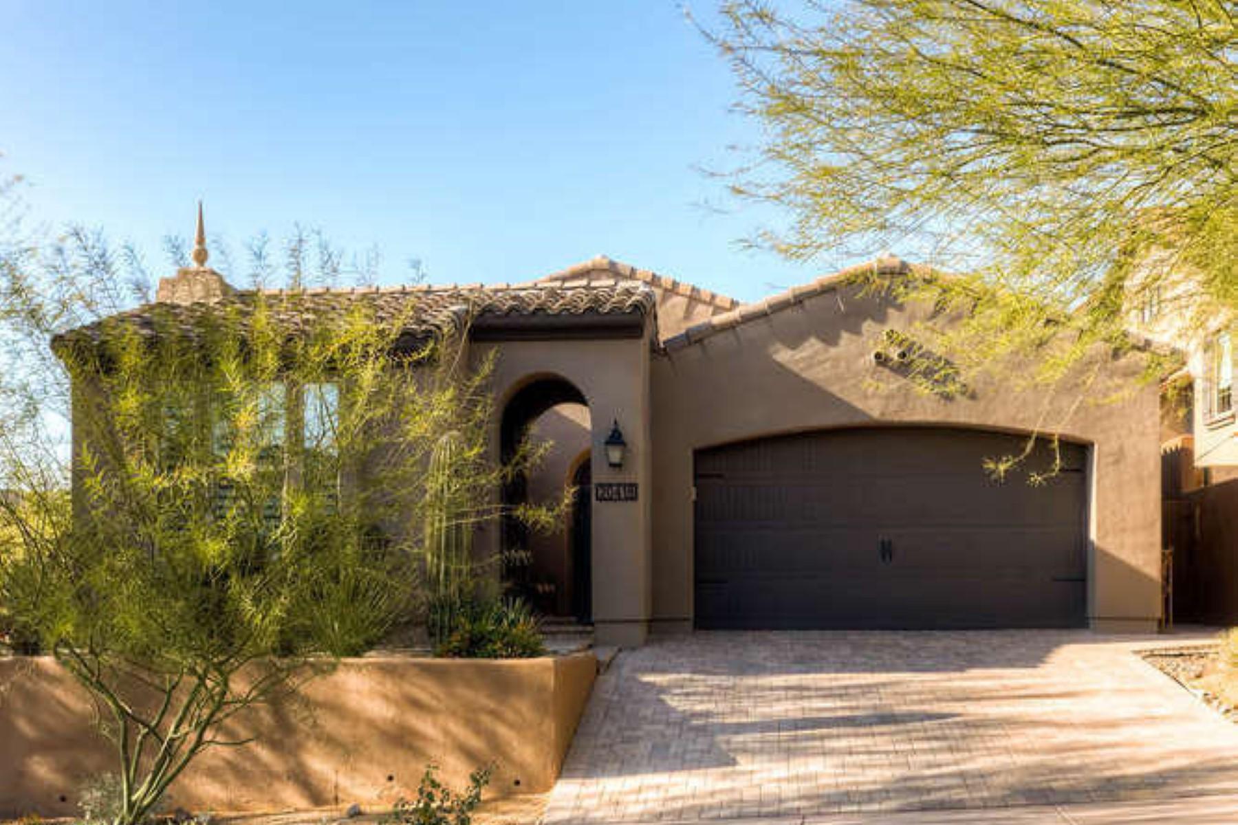 단독 가정 주택 용 매매 에 The perfect sophisticated lock-and-leave home 20418 N 98th Pl Scottsdale, 아리조나 85255 미국