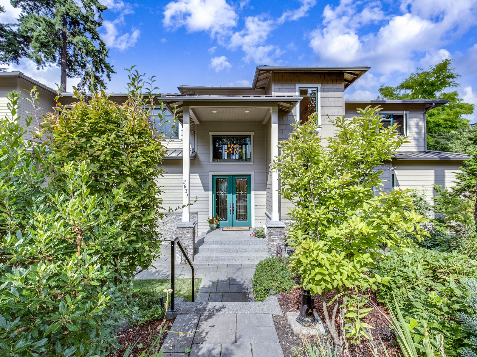 Single Family Home for Sale at Stunning NW Contemporary 2931 71st Ave SE Mercer Island, Washington 98040 United States