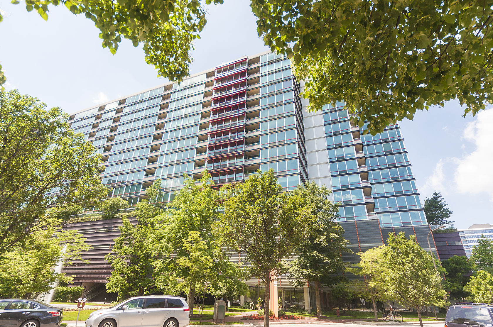 Property For Sale at Bright Two Bedroom In Downtown Evanston